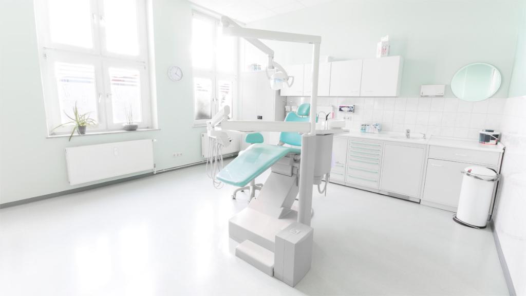 Behandlungsraum 2 - Zahnarzt Matthias Wendt